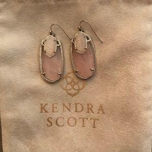 Kendra Scott Emmy Earrings NWOT